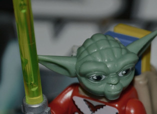 Yoda als LEGO-Figur begeistert Kinder.