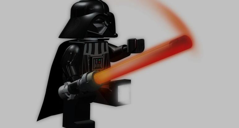 Die LEGO Darth Vader Taschenlampe
